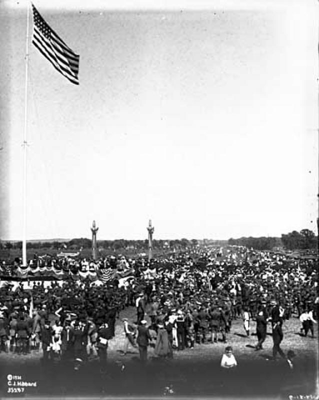 Dedication Ceremony to Victory Memorial Drive