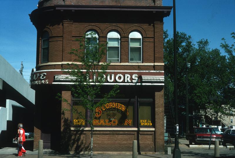 5 Corners Saloon, 1975