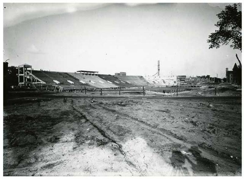 Construction of University of Minnesota's Memorial Stadium
