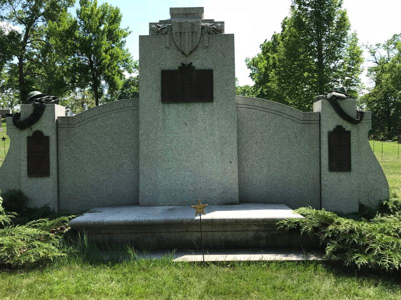 Soldier's Monument at Lakewood Cemetery