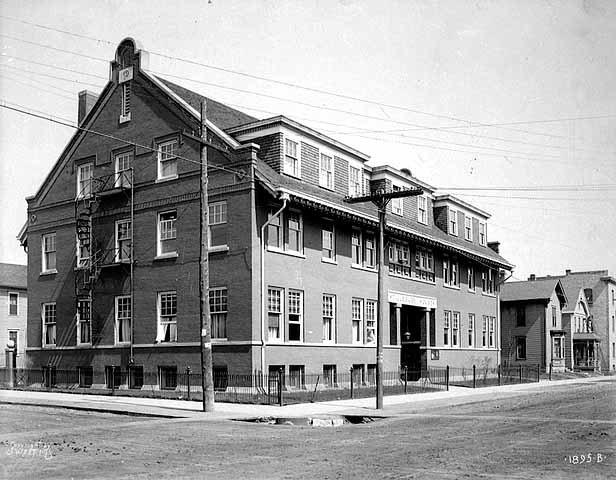 Pillsbury House, 320 Sixteenth Avenue South, Minneapolis, ca. 1910